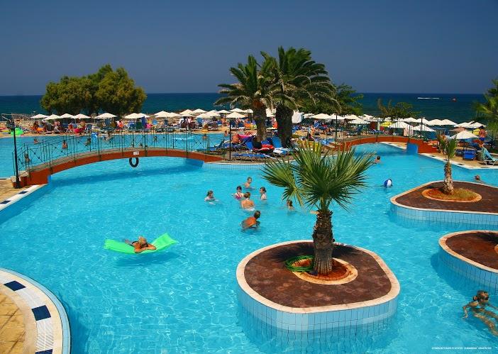 Hotel Eri Beach & Village Hotel