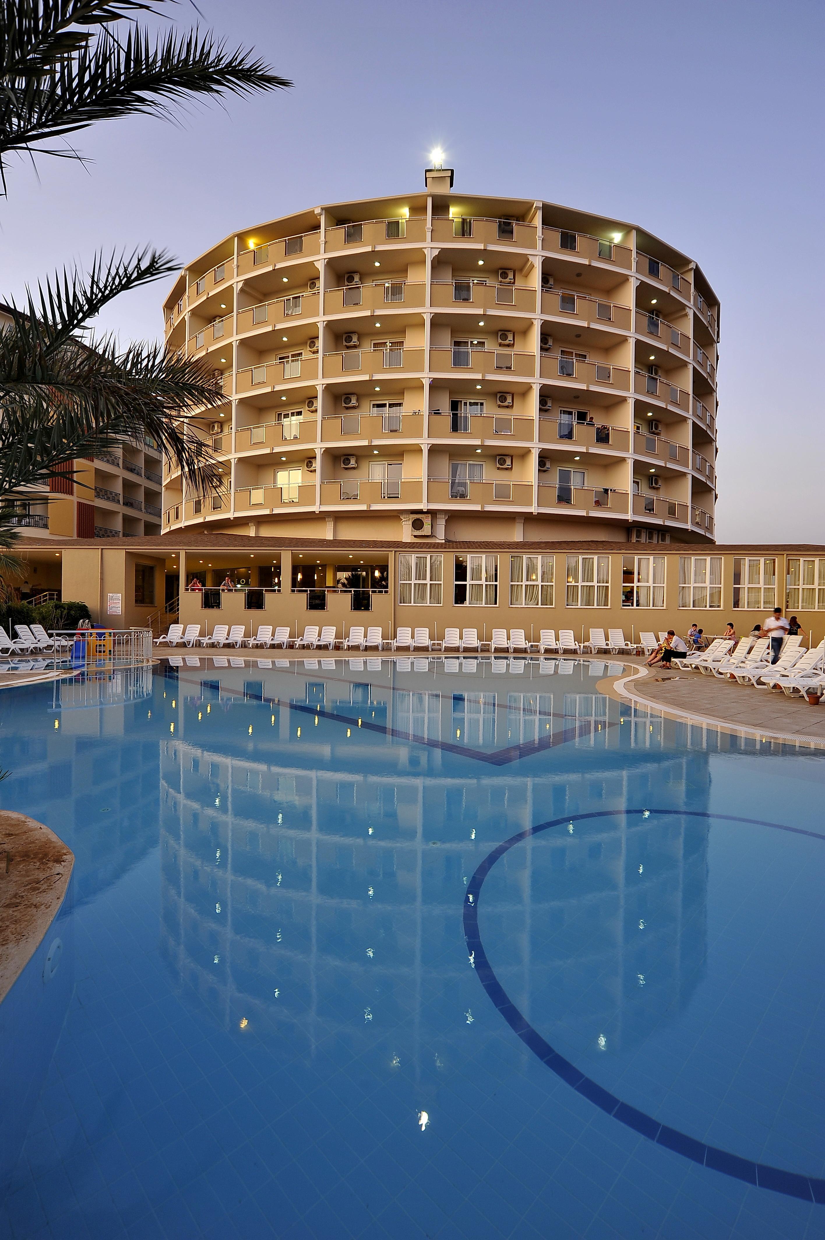 Hotel Lioness